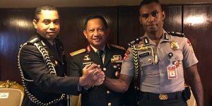 Ini sosok Kombes Jhonny Edison, ajudan Jokowi dari Tanah Papua