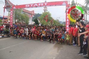 Lomba Lari Berhadiah Rp 110 Juta Dilepas Wabub Tapteng