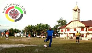Turnamen Sepakbola Antar Kecamatan Berhadiah 40 Juta Dibuka Bupati